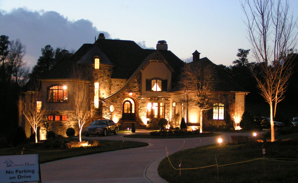 Residential low voltage outdoor lighting